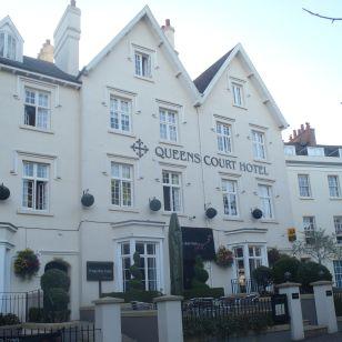 Queenscourt_Exeter