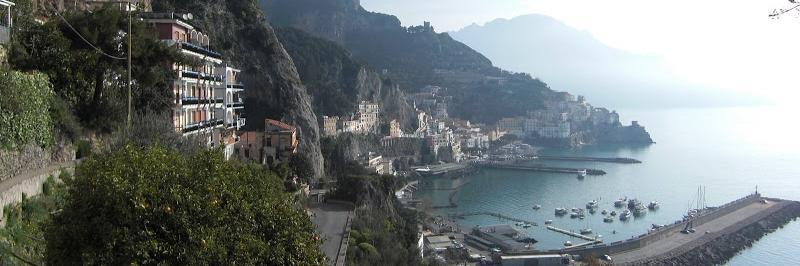 Bild zur Tour Amalfiküste & Capri | Italien: ein letzter Blick auf Amalfi